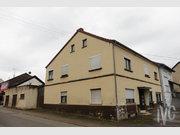 Immeuble de rapport à vendre à Schwalbach - Réf. 6717859