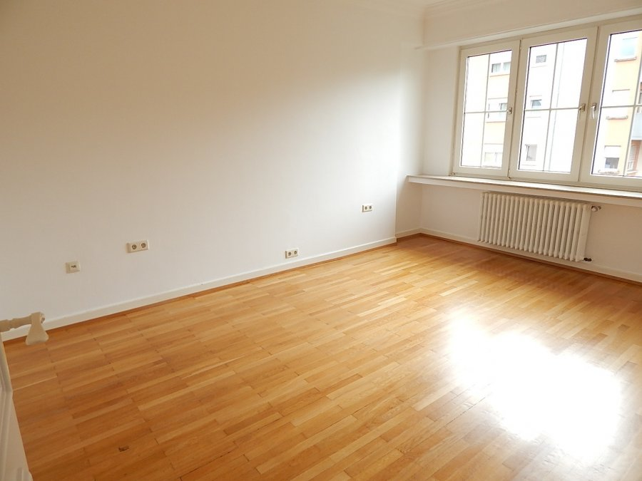 louer maison 5 chambres 135 m² luxembourg photo 3