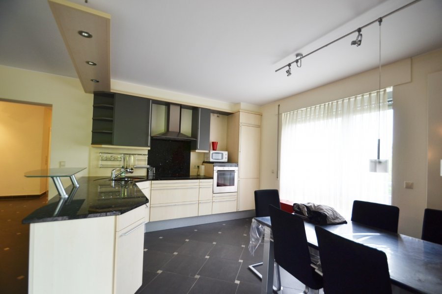 Appartement à louer 3 chambres à Luxembourg-Kirchberg