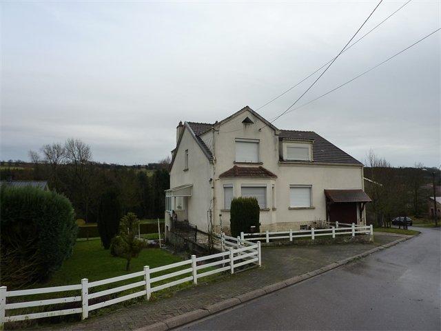 Maison à vendre F6 à Chateau-rouge