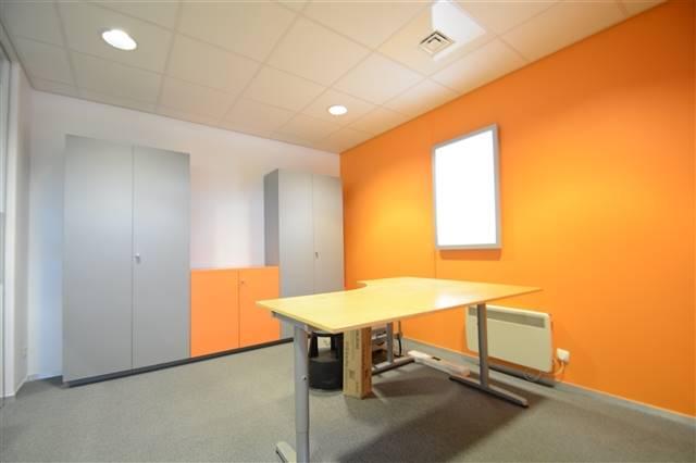 louer bureau 0 pièce 200 m² etalle photo 6