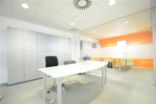 louer bureau 0 pièce 200 m² etalle photo 5