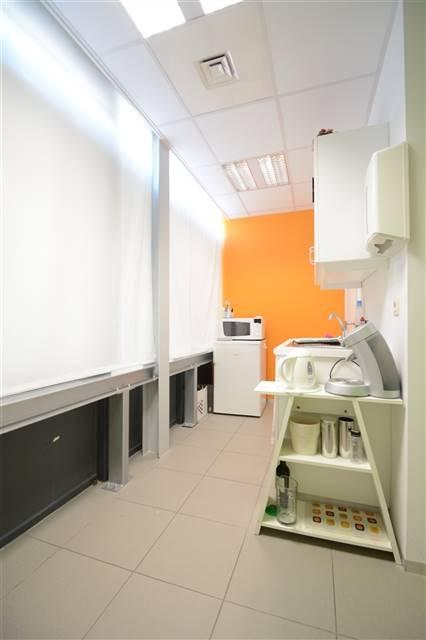 louer bureau 0 pièce 200 m² etalle photo 7