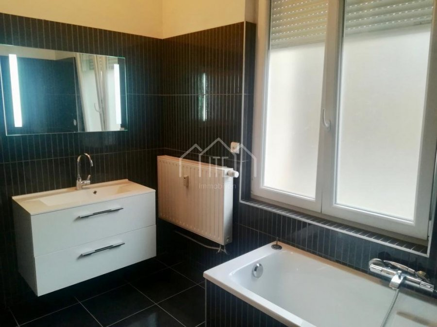 louer appartement 0 pièce 120 m² longwy photo 7