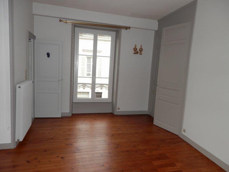 louer appartement 2 pièces 47.2 m² la flèche photo 4