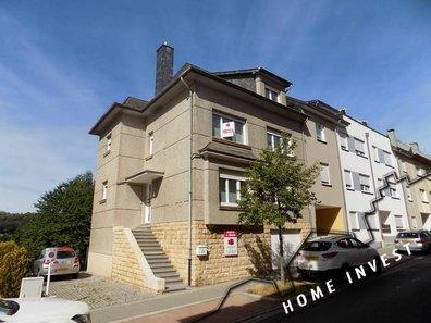 Maison jumelée à vendre 5 Chambres à Differdange - Réf. 5095619
