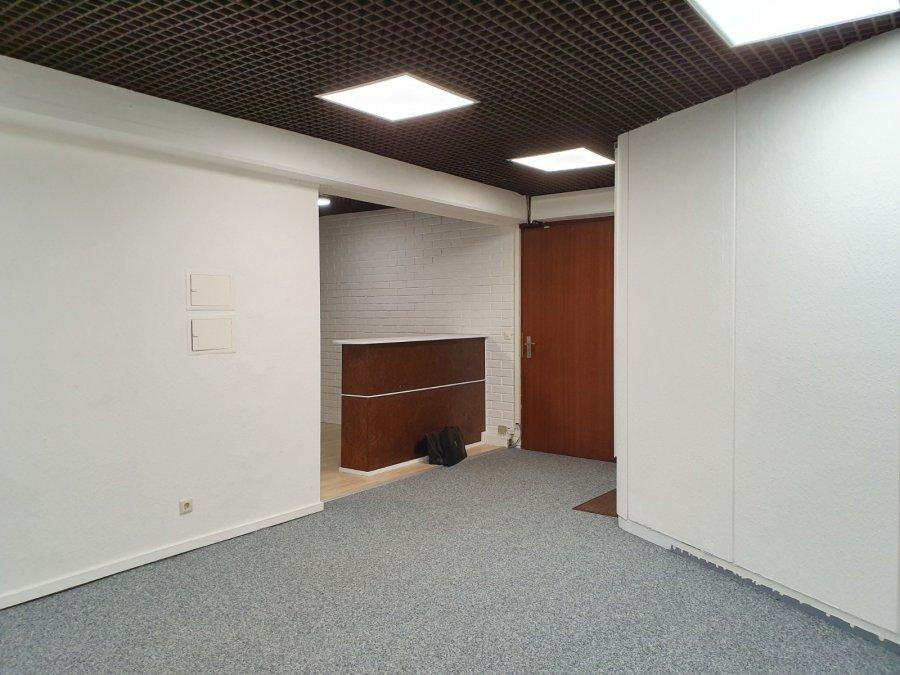 louer bureau 0 chambre 122 m² howald photo 3