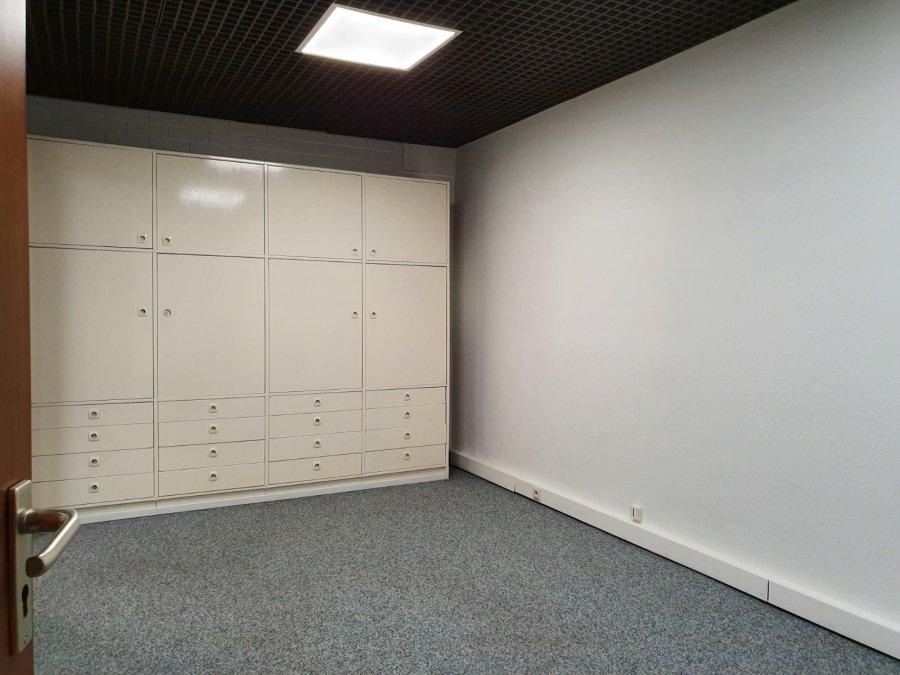 louer bureau 0 chambre 122 m² howald photo 4