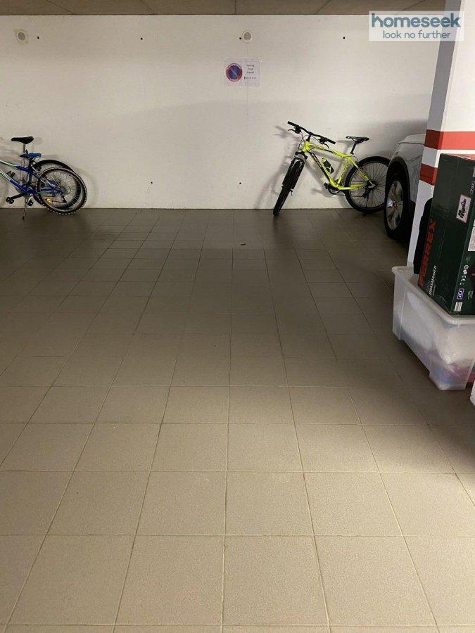 Garage - Parking à louer à Niederkorn