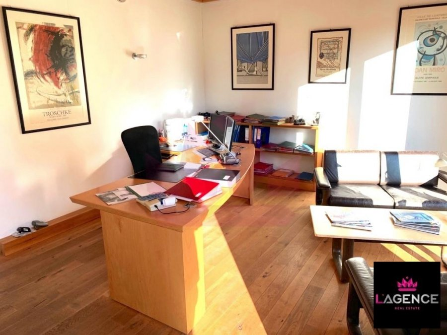 louer bureau 0 chambre 130 m² walferdange photo 3