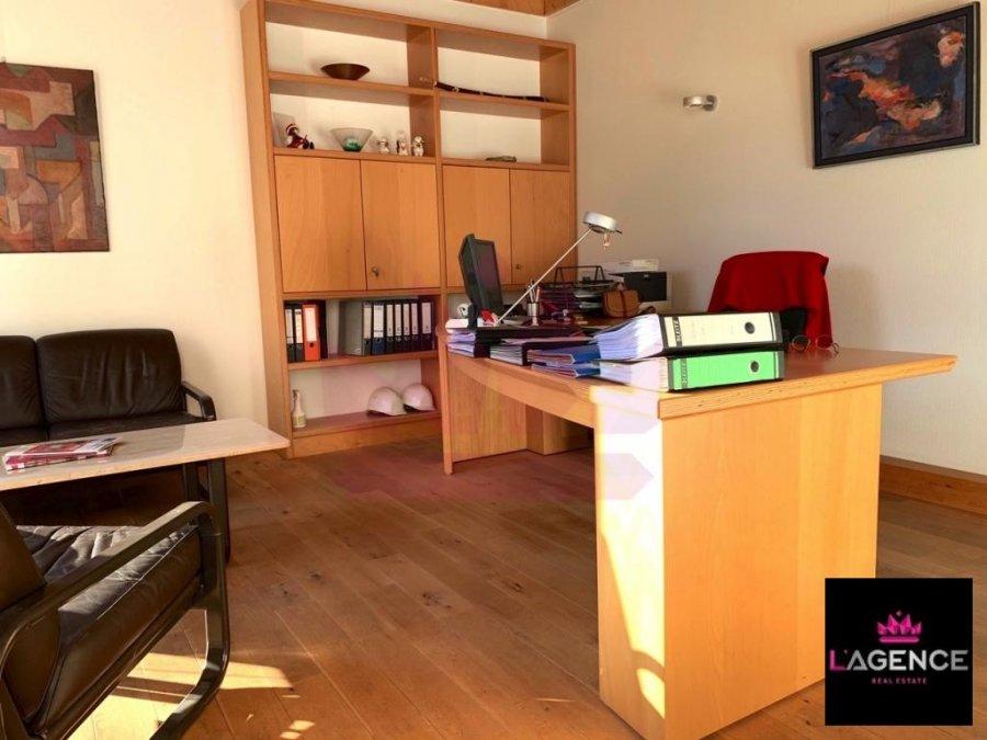louer bureau 0 chambre 130 m² walferdange photo 2