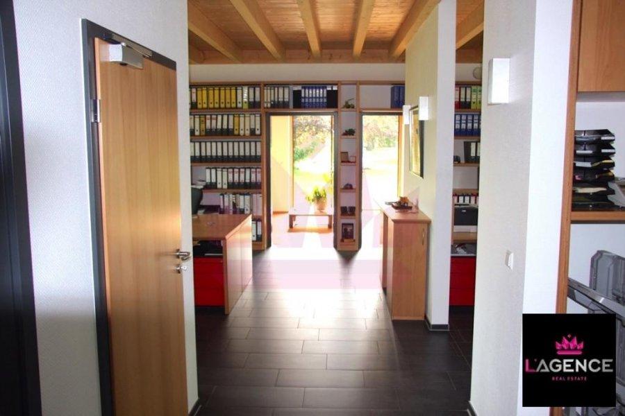 louer bureau 0 chambre 130 m² walferdange photo 1