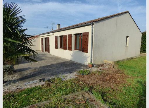 Vente maison 4 pi ces chantonnay vend e r f 5588451 for Maison de l emploi chantonnay