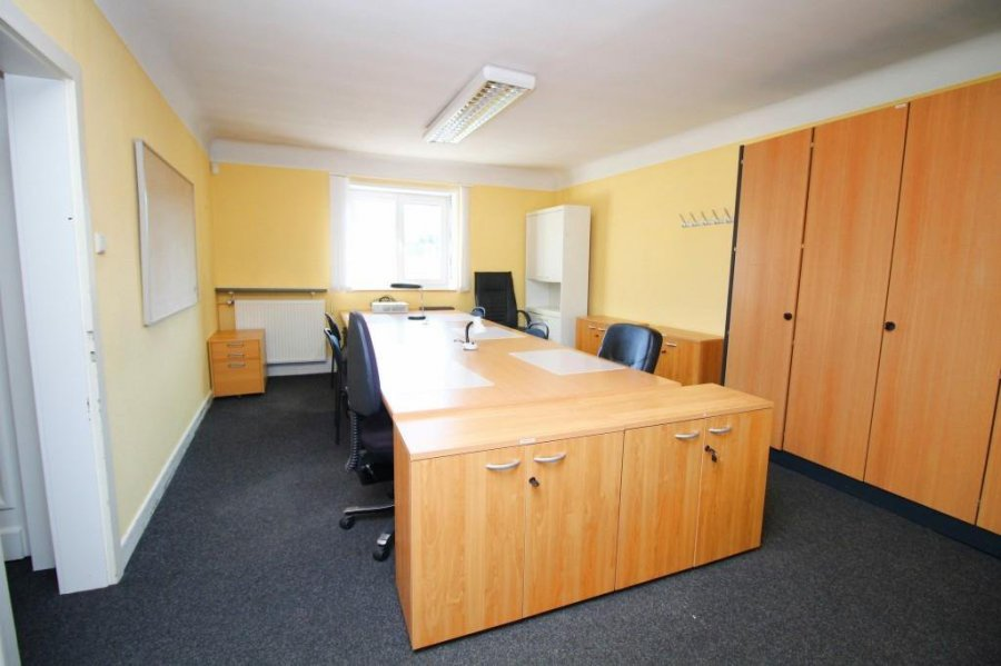 louer bureau 1 chambre 15 m² bereldange photo 2