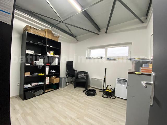 louer bureau 3 pièces 82 m² marly photo 3