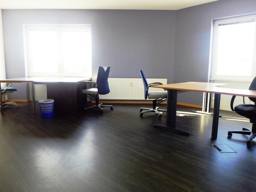 louer bureau 0 chambre 564 m² contern photo 2