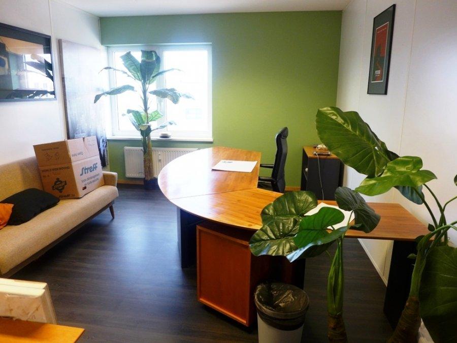louer bureau 0 chambre 564 m² contern photo 3
