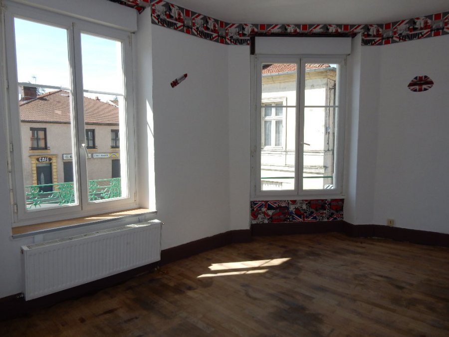 louer appartement 3 pièces 77 m² cousances-les-forges photo 4