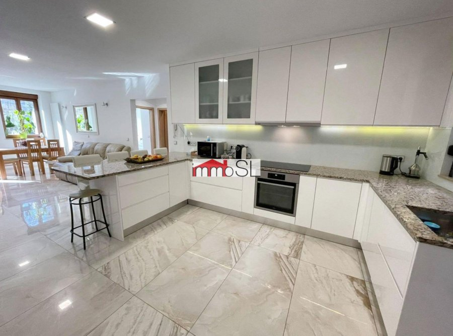 acheter maison 5 chambres 352.64 m² larochette photo 3