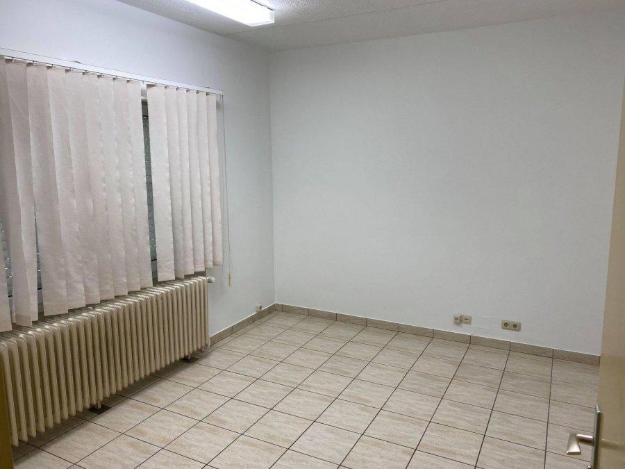 ladenfläche mieten 0 schlafzimmer 1000 m² pontpierre foto 2