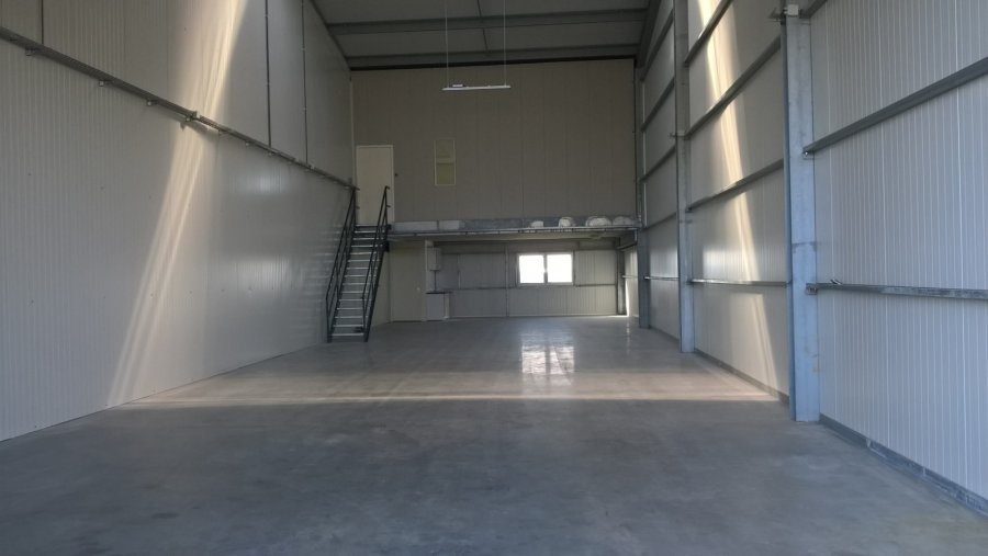warehouse for rent 0 bedroom 260 m² troisvierges photo 4