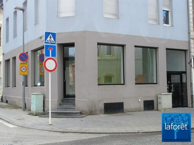 louer local commercial 0 chambre 74 m² differdange photo 3