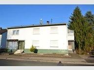 Renditeobjekt / Mehrfamilienhaus zum Kauf 9 Zimmer in Beckingen - Ref. 4972580