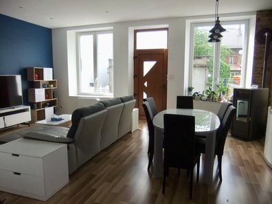 House for sale 4 bedrooms in Angevillers - Ref. 6742820