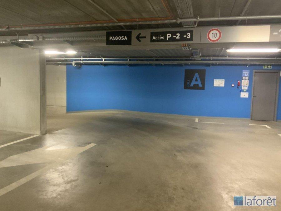 garage-parkplatz kaufen 0 schlafzimmer 0 m² strassen foto 3