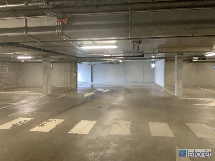 garage-parkplatz kaufen 0 schlafzimmer 0 m² strassen foto 2