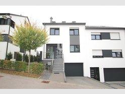 Maison jumelée à vendre 4 Chambres à Schieren - Réf. 6090276