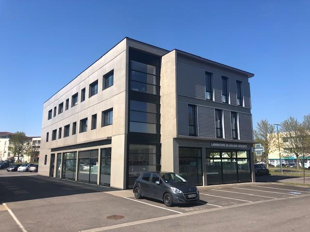 louer bureau 7 pièces 326 m² metz photo 2