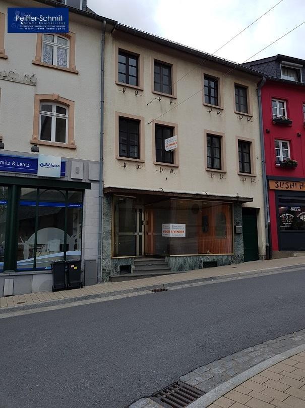 Immeuble de rapport à vendre à Wiltz