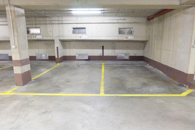 Garage fermé à vendre à Luxembourg-Limpertsberg