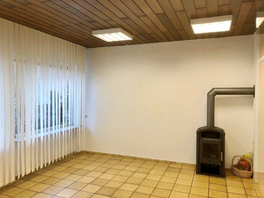 büro kaufen 3 zimmer 0 m² kinderbeuern foto 4