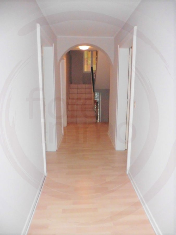 Maison à vendre 8 chambres à Gosseldange