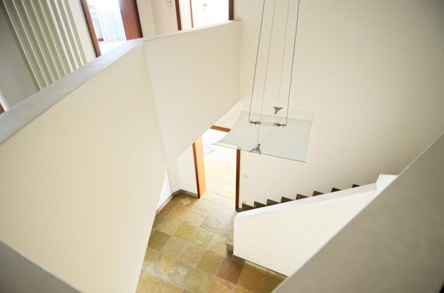 louer maison individuelle 4 chambres 267 m² bereldange photo 6