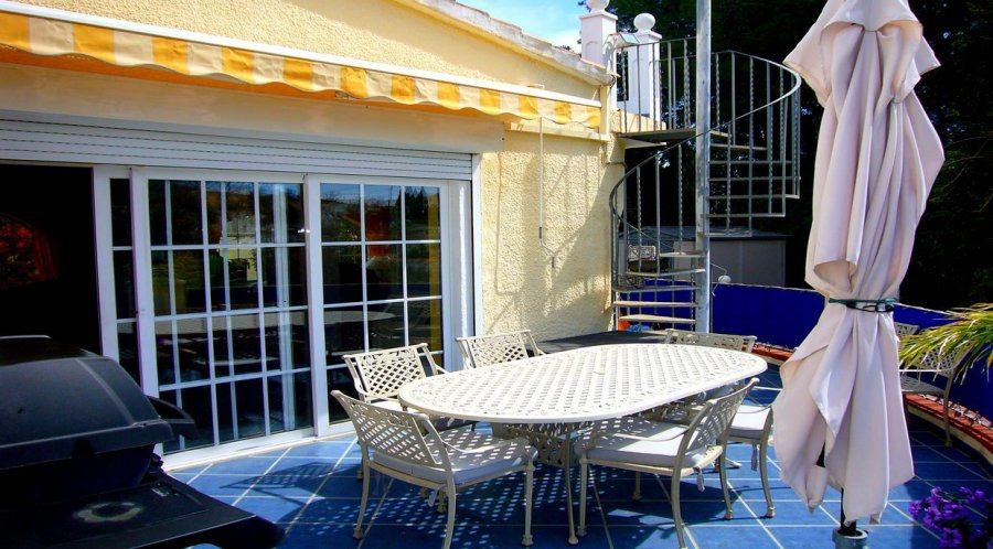 Maison à vendre 5 chambres à Denia