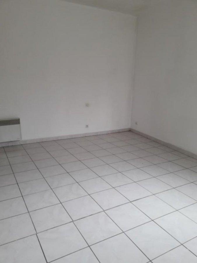 Maison à louer F3 à Rieux en cambresis