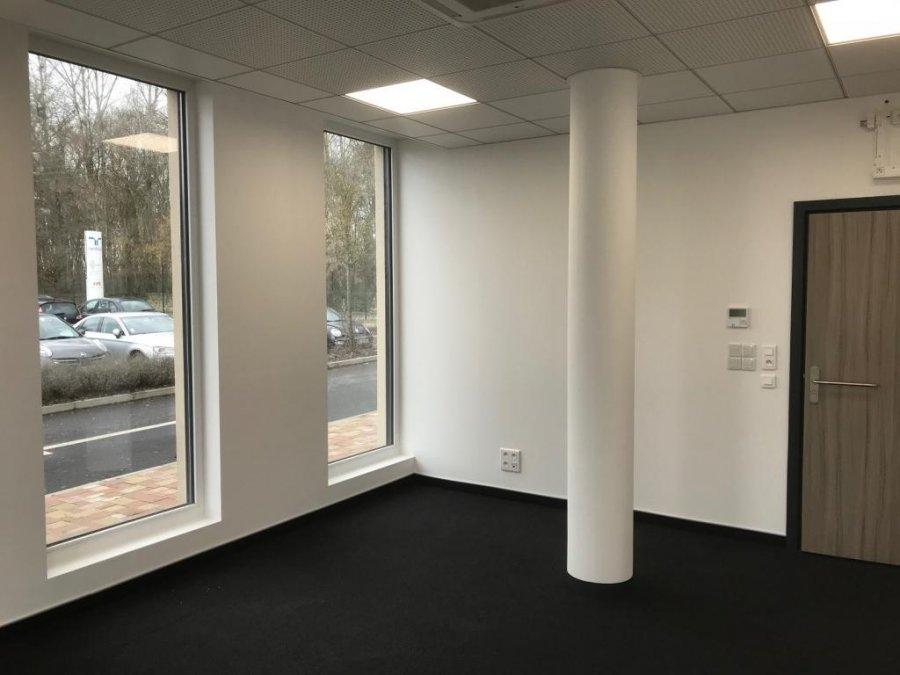 büro mieten 1 zimmer 21.04 m² manom foto 2