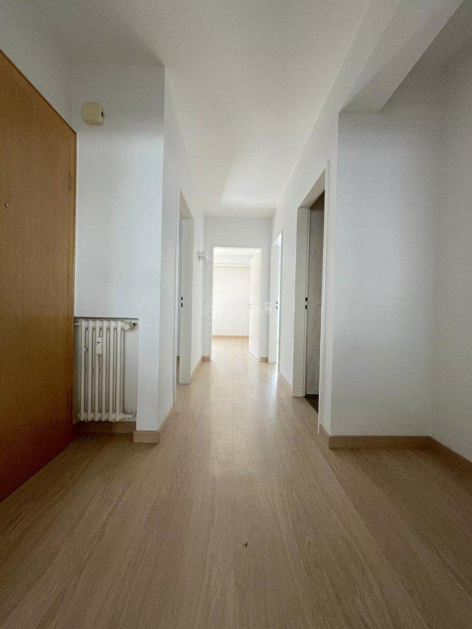 wohnung mieten 2 schlafzimmer 78 m² howald foto 4