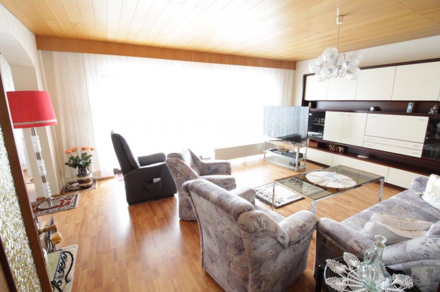 haus kaufen 7 zimmer 152 m² ottweiler foto 2