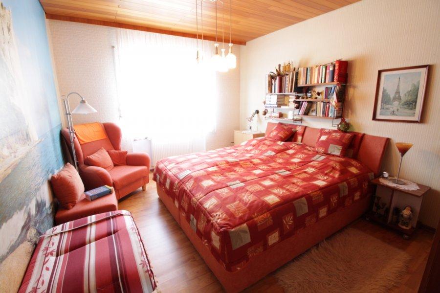 haus kaufen 7 zimmer 152 m² ottweiler foto 5