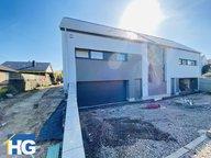 Maison à louer 3 Chambres à Olm - Réf. 7156596