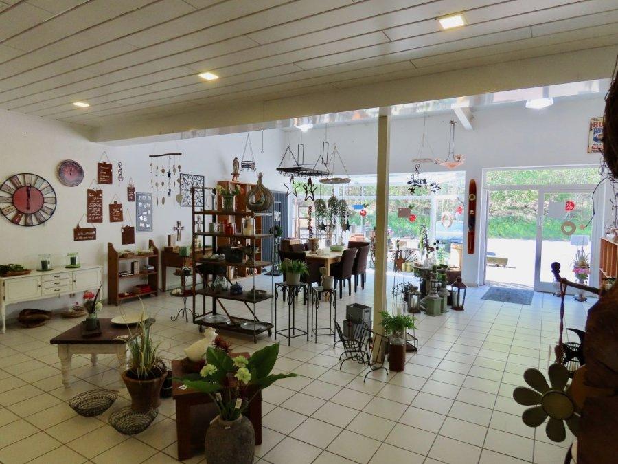 Local commercial à vendre à Saarburg
