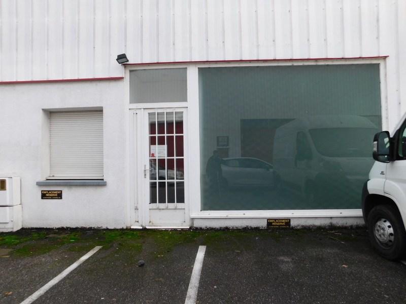 louer bureau 100 pièces 324 m² maxéville photo 1
