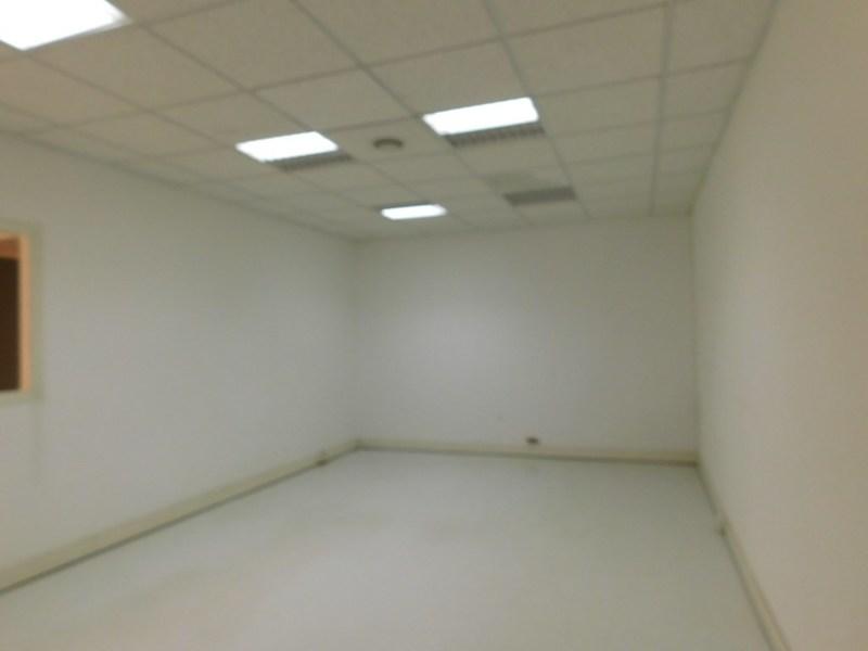 louer bureau 100 pièces 324 m² maxéville photo 5
