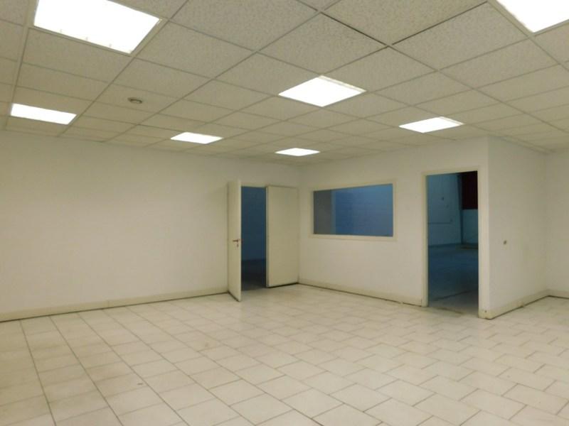 louer bureau 100 pièces 324 m² maxéville photo 2