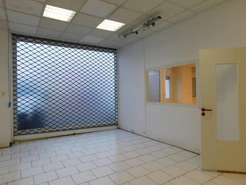 louer bureau 100 pièces 324 m² maxéville photo 4