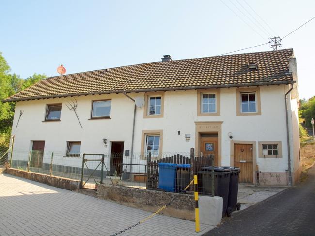einfamilienhaus kaufen 8 zimmer 300 m² bollendorf foto 1